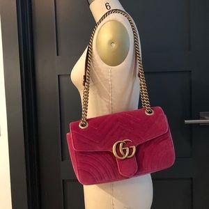 Gucci marmont bag in velvet